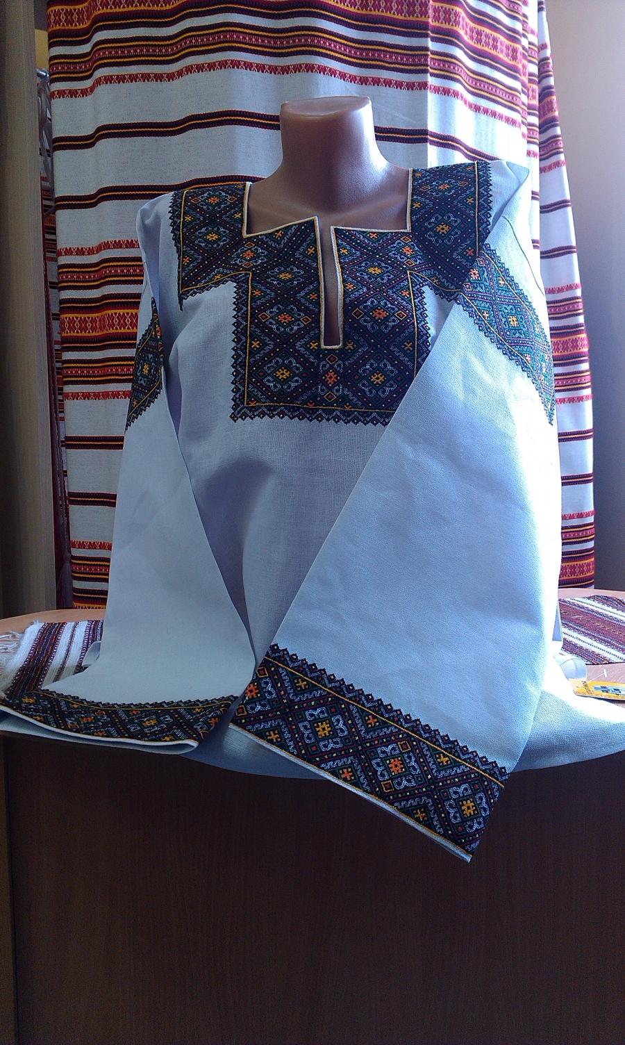 блузка низинка кантівка. ціна  6000 грн. Ручна вишивка. Жіночий одяг ... 0a84ec0a60c6f