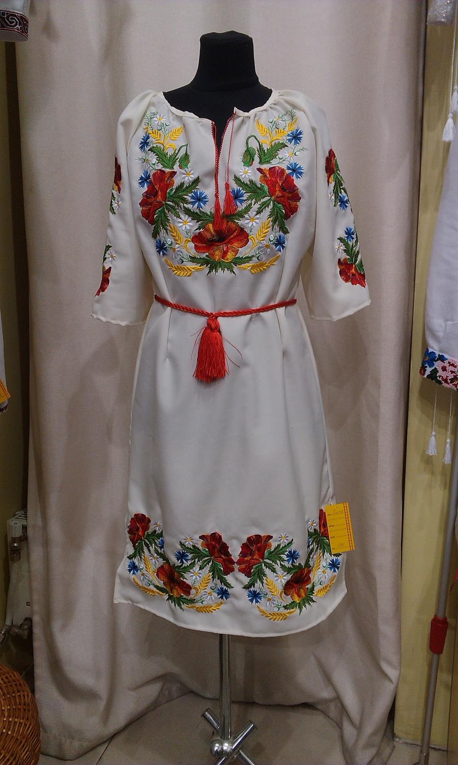 плаття польові квіти. цена  1000 грн. Машинна вишивка. Жіночий одяг c37089d7fc3ce