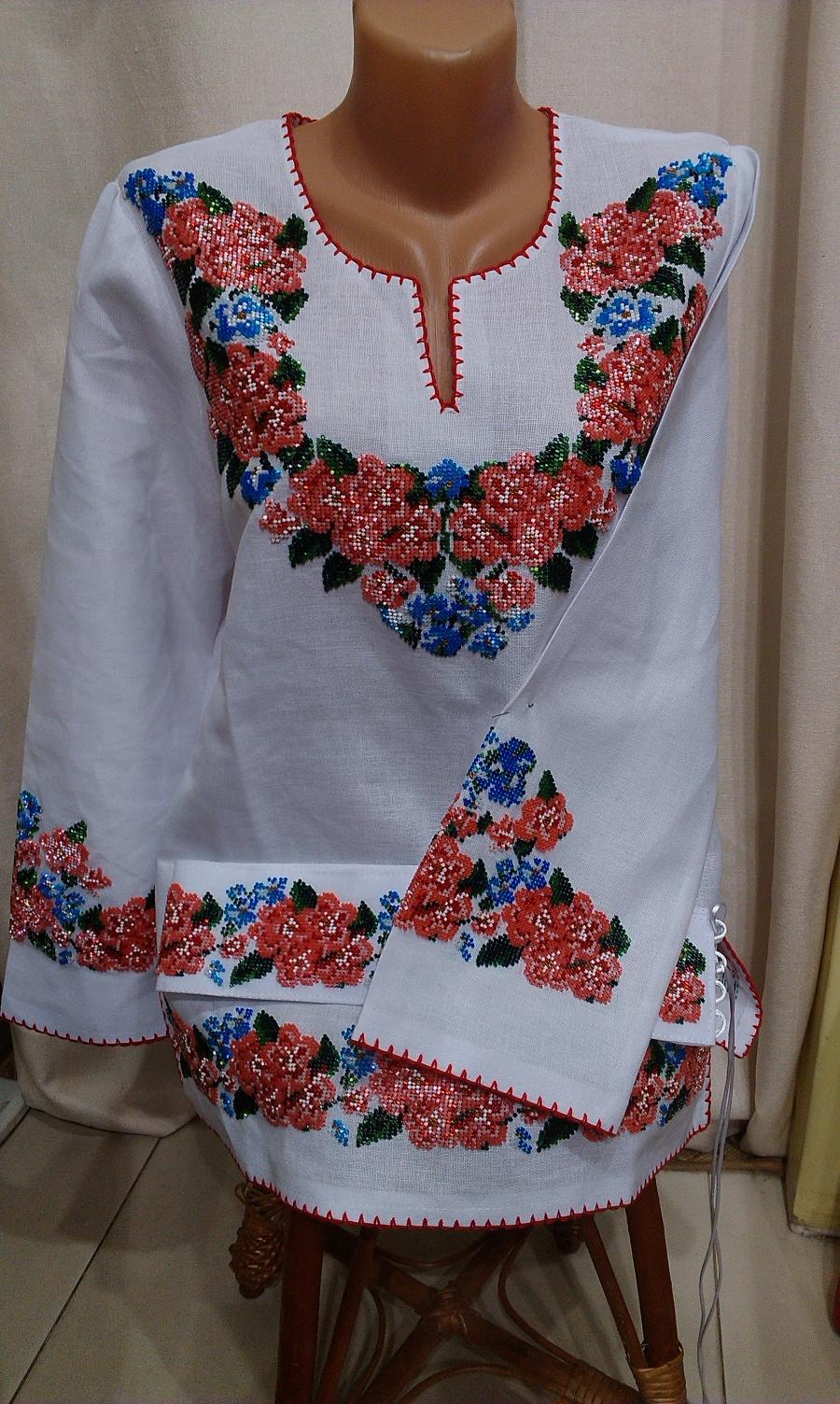 блузка бісер дрібні рози. ціна  6000 грн. Ручна вишивка. Жіночий ... 93872c2130bfc