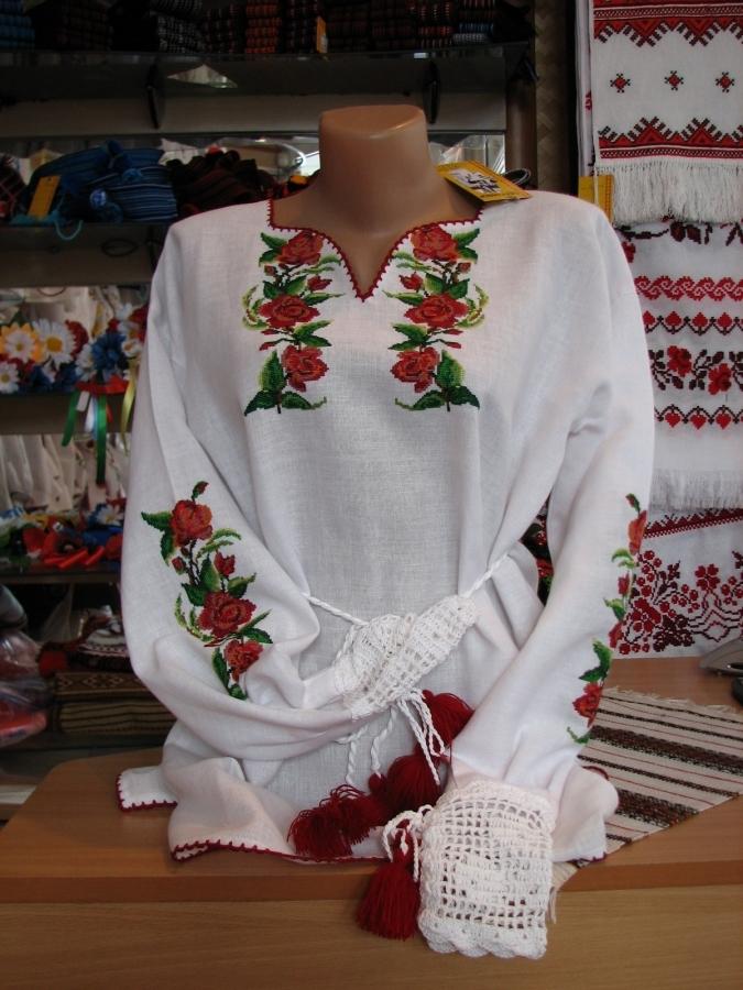 блузка квіти. ціна  5000 грн. Ручна вишивка. Жіночий одяг Магазин ... 5b62280b14389