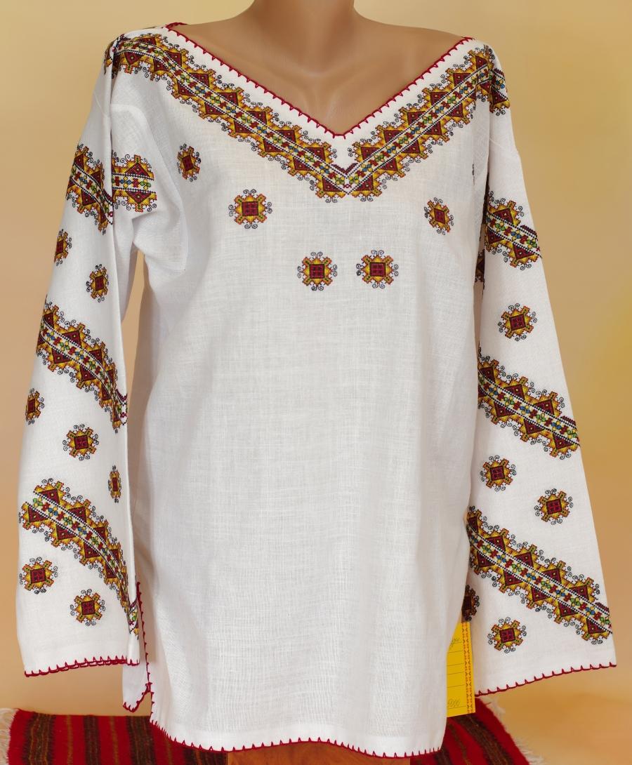 блузка кольоровий ромб. ціна  5000 грн. Ручна вишивка. Жіночий одяг ... f3ee12cb69a4a