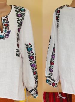 блузка бісер троянди. ціна  6000 грн. Ручна вишивка. Жіночий одяг ... c56555e0e99e6