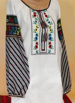 блузка бісер буковинська. ціна  9000 грн. Ручна вишивка. Жіночий ... 9b151bb7aae98