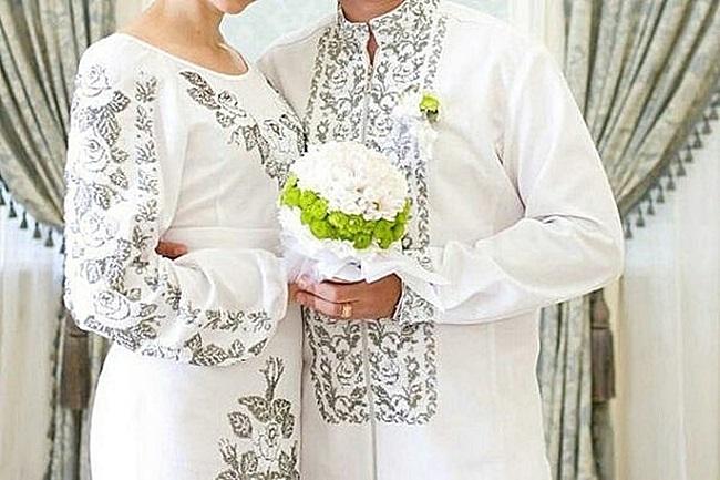 Вишитий весільний одяг Магазин української вишиванки 56e1a4291b9b5